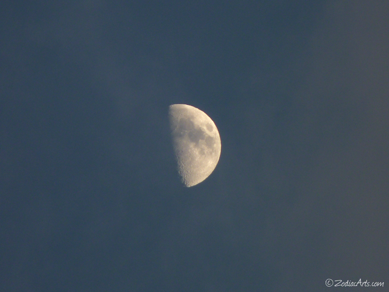 20141129-1743-P1150662-Moon3