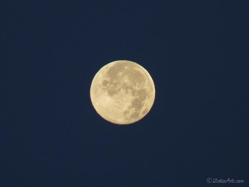 20140613-0544-P1120431-Moon5