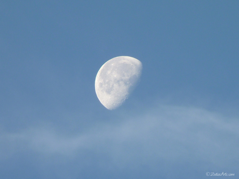 20141013-0654-P1140921-Moon6-7-Clouds