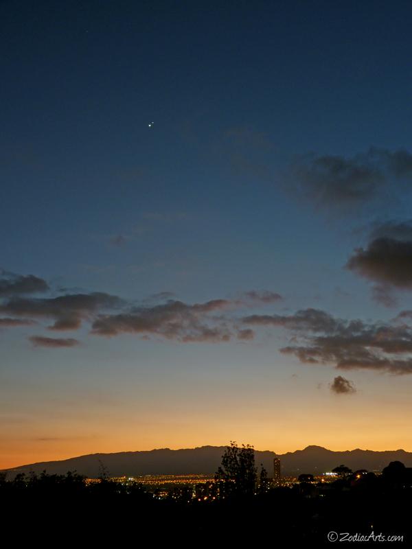 150630751P1180652-Venus-Jupiter