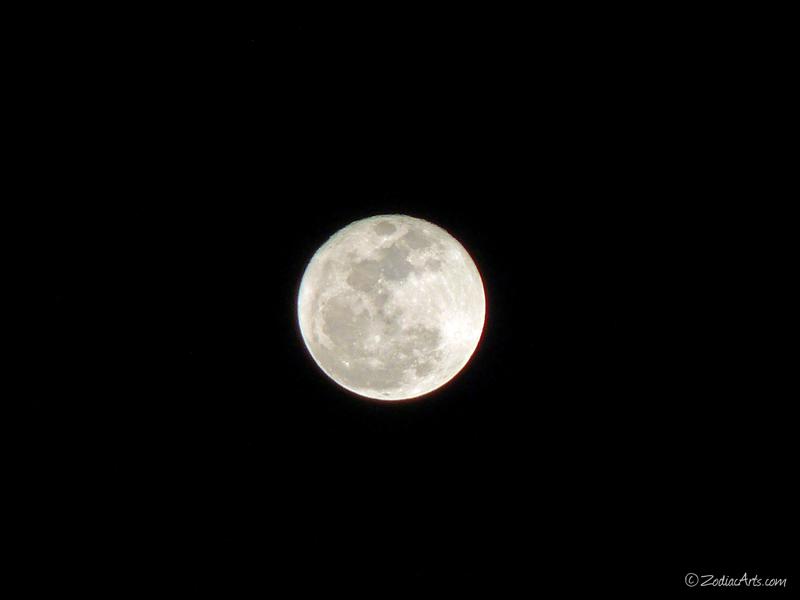 20131217-2149-p1110456-moon5