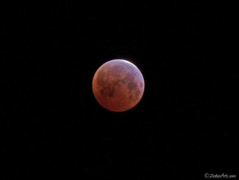 20150404-0201-p1170128-moon5-eclipse-deepest