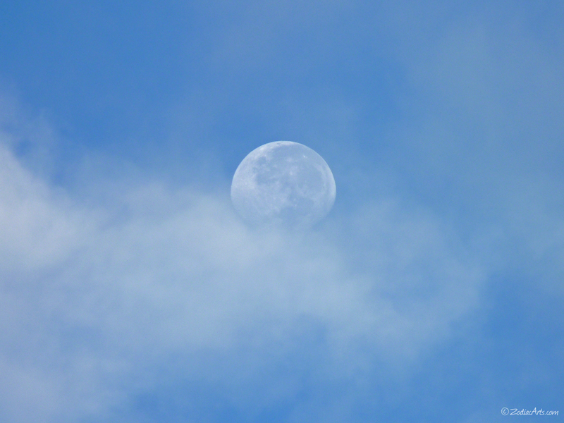 20150901-0700-P1190815-Moon6-Clouds