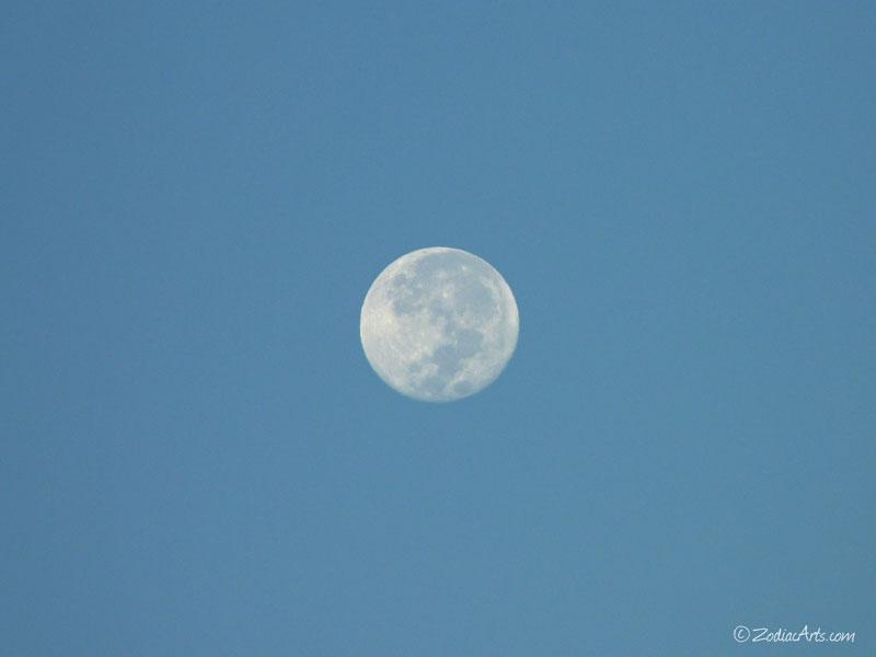20151028-0652-P1210979-Moon5
