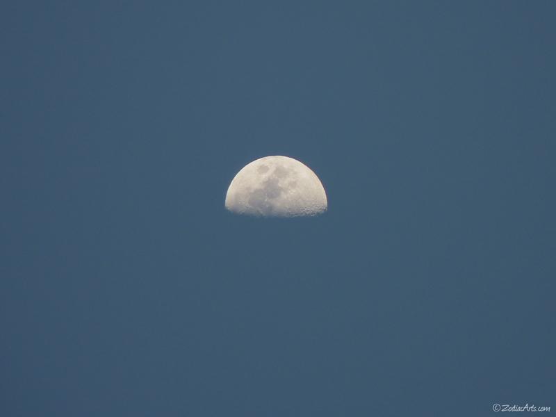 20160414-1839-P1300917-Moon3