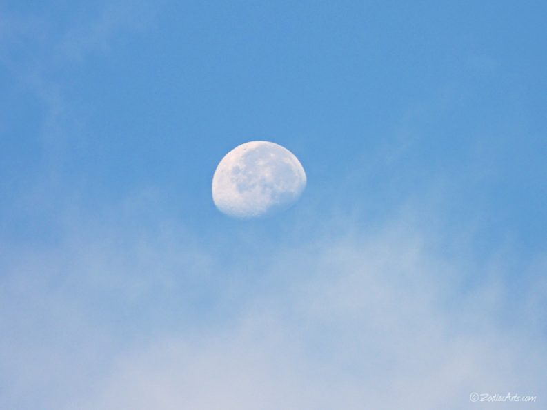 20160624-0655-P1330210-Moon6-Clouds-Good