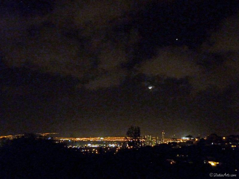 20150420-2027-P1170285-Moon1-2-Venus-City-Lights