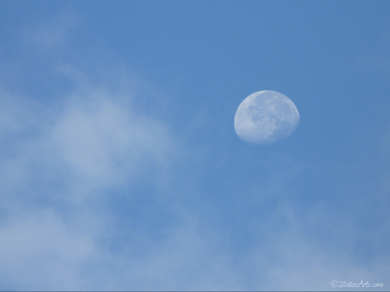20140616-0714-P1120537-Moon6-Clouds