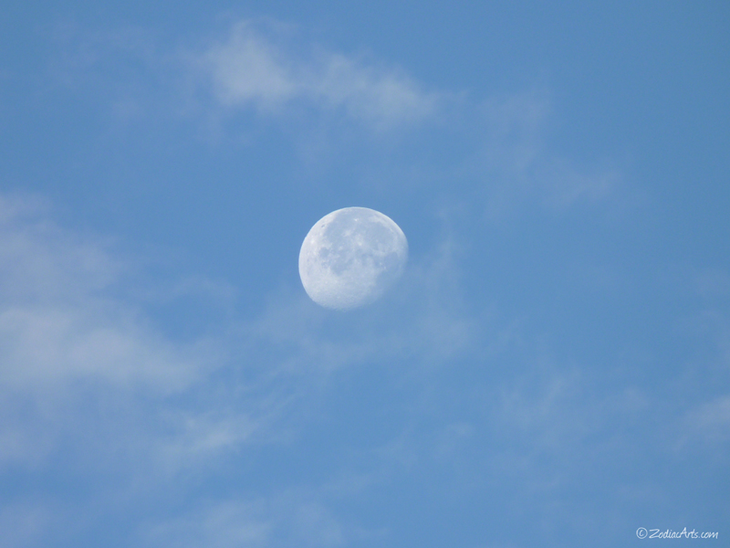 20150507-0634-P1170429-Moon6-Clouds